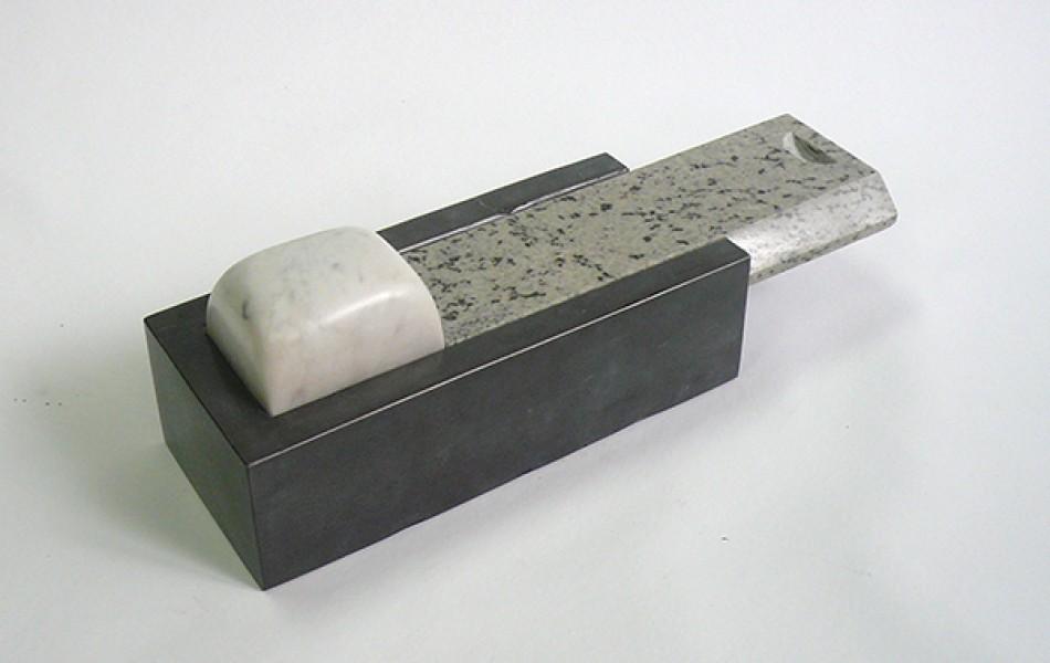 CAPSA 24- 11 x 11 x 34 granito y mármoles2.000