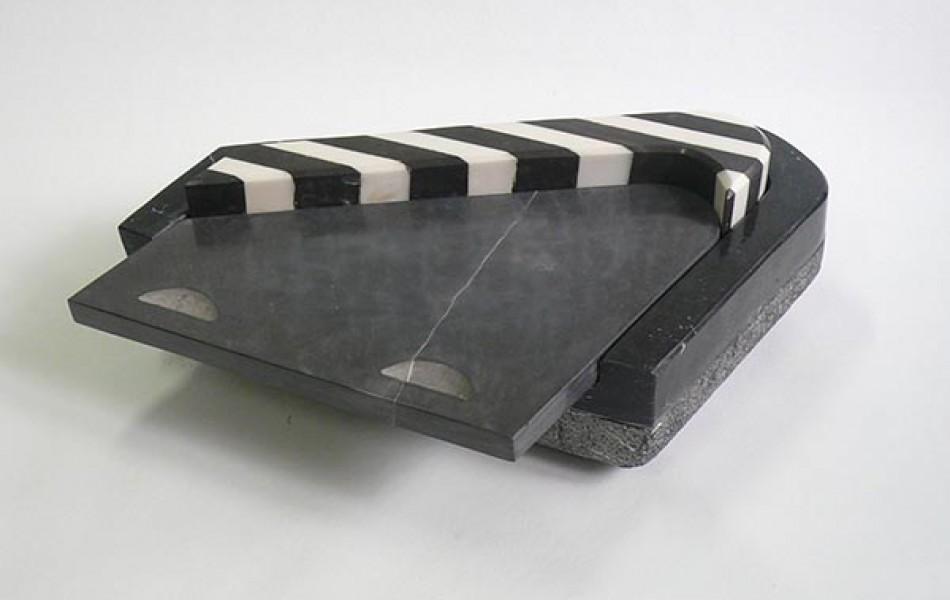 CAPSA 25 -14 x 42 x 40 mármoles 2.000