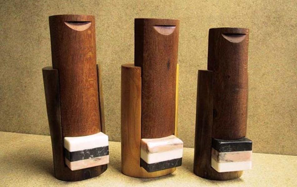 CAPSA 27 - 30 x 11 x 11 maderas varias y mármoles  (3U) - 2.002